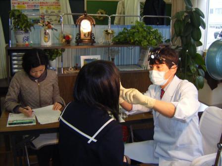 刈谷北高校の歯科健診①