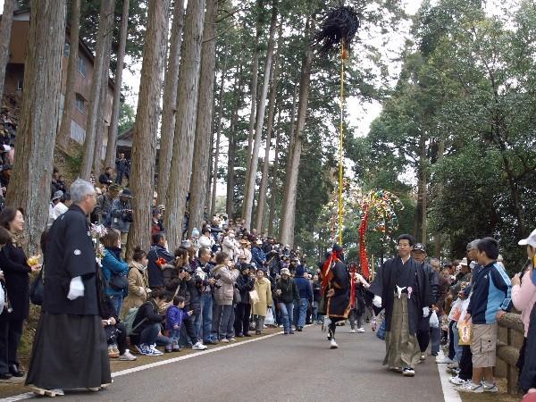 高知県仁淀川町 秋葉祭り 「練り」