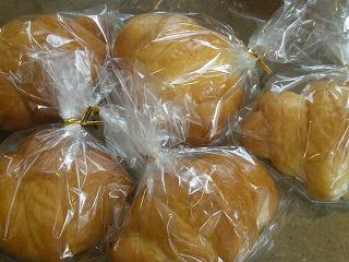 1か月遅れのパン祭り5月12日 015