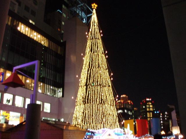 梅田クリスマスツリー