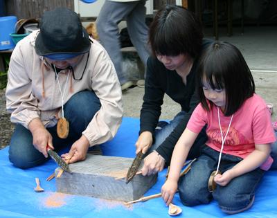 山茶摘み体験2011年110509e