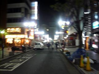 新宿の夜明け