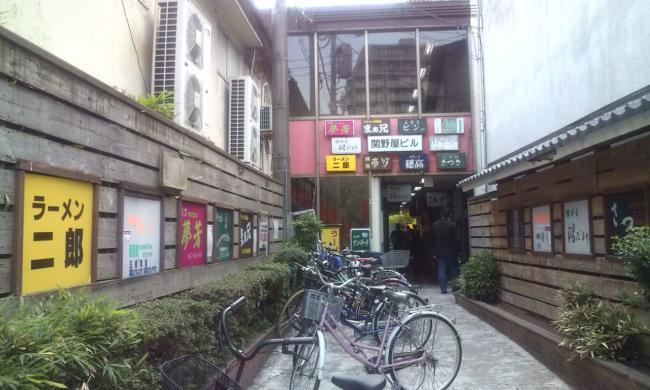 20110426_ラーメン二郎府中店-005