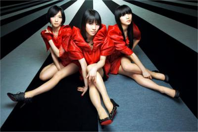 Perfume100329s.jpg