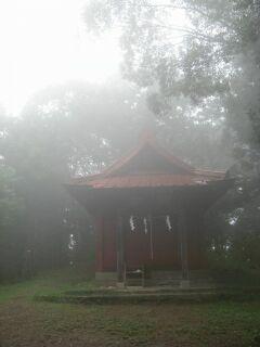 8551898_2385121337大平山奥宮の浅間神社