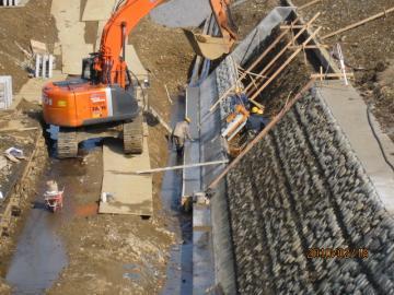 1002027+低水護岸工事2・038_convert_20100228000032