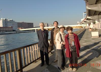 2011105倉前橋をバックに+112_convert_20101111013814