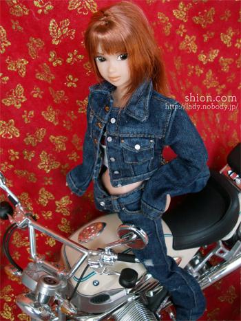 桜奈 デニム momoko バイク