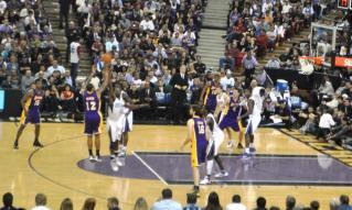 Kings vs Lakers