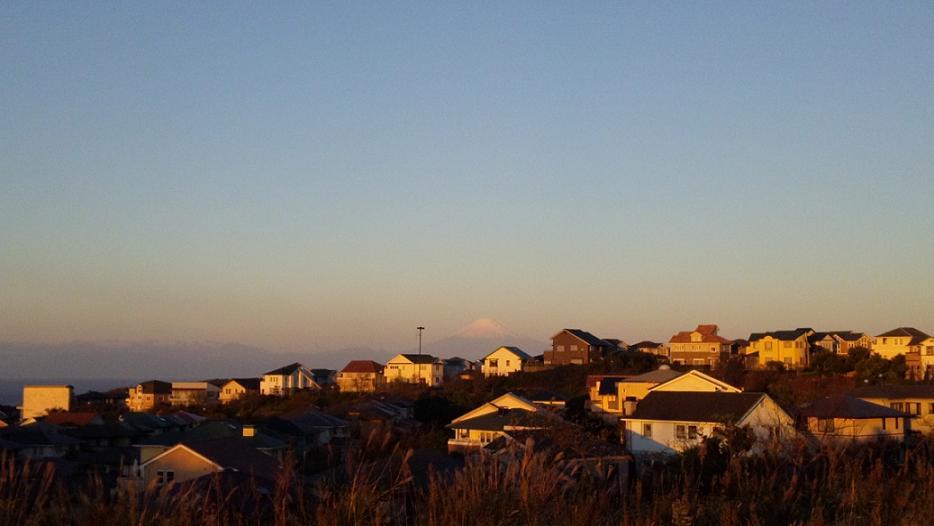 湘南国際村ゴール-富士山_s