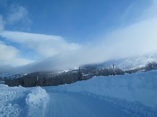 山にだけ雲が・・・