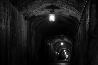 トンネル内の風景