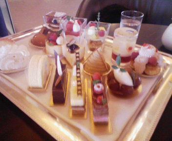ウィンザーホテルのケーキ達
