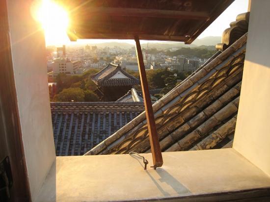 2009/11/23高知城窓から2