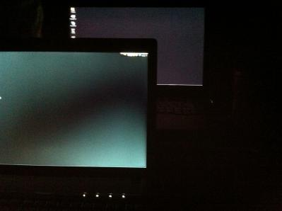20100808_G560_LCD.jpg