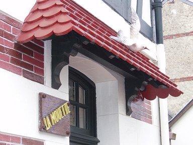 ドービルのかわいいレストランdownsize