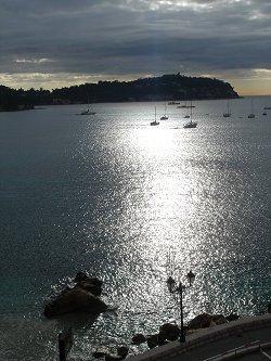 VilleFranche 光る海とヨットdownsize
