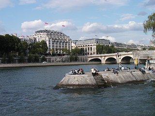 セーヌ(Seine)の中之島downsize