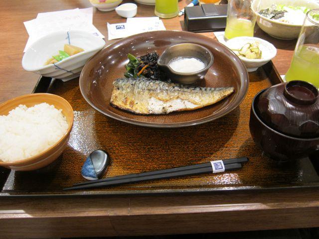 焼きサバ定食