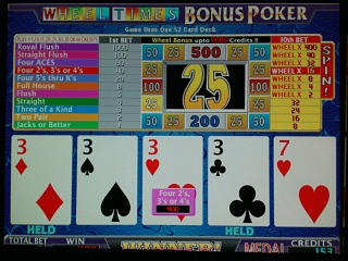 Bonus poker strategy