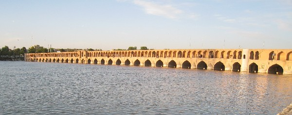 iran2010-2-13.jpg