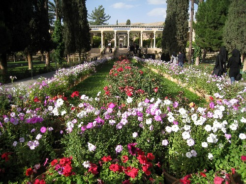 iran2010-5-12.jpg