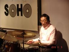 山崎久美子20101101-03
