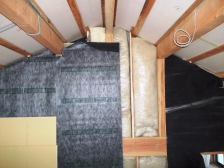 遮音シートと断熱材