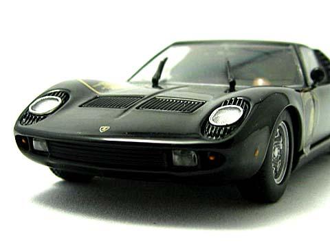Miura P400 Emb 006