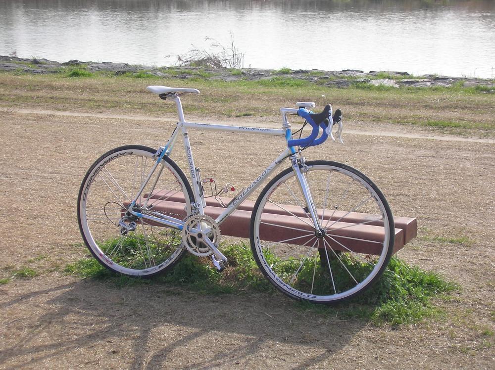 と、4年ほどジオスの自転車 ...
