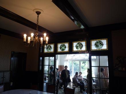鳩山会館食堂①