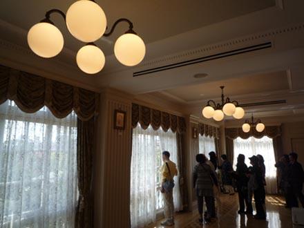 鳩山会館2階広間