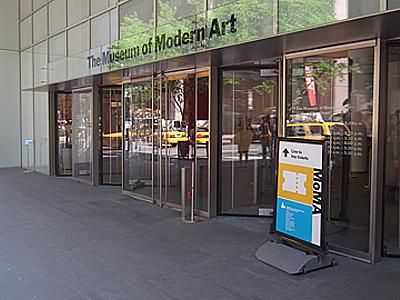 MOMA01