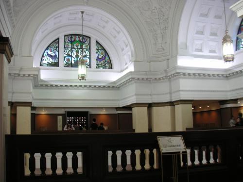中央ホール1