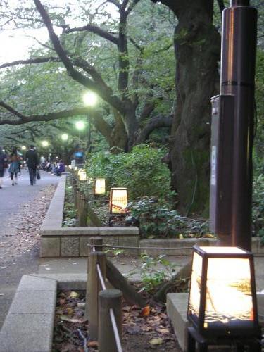 上野公園の灯篭