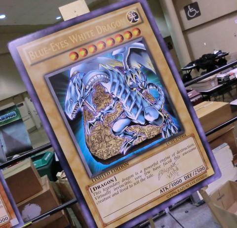 ycs2013giant-card-blue-eyes-white-dragon.jpg