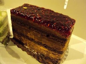 cake2apr0410.jpg