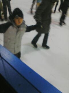 スケート滑る