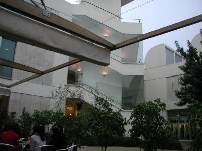 ミロ美術館1