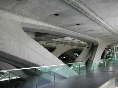 オリエンテ駅2