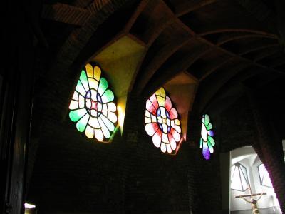 コロニア・グエル地下聖堂3