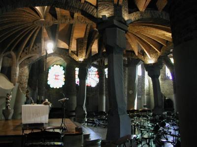 コロニア・グエル地下聖堂4