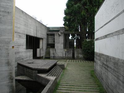 ブリオン・ベガ墓地3