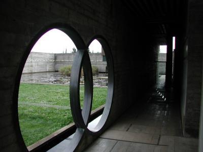 ブリオン・ベガ墓地4
