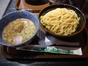 六厘舎TOKYO博多駅3