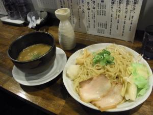 麺場 元次 82