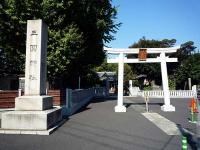 三囲神社 一の鳥居