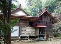 梅園神社拝殿と本殿