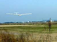 グライダー着陸滑空降下