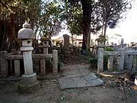 保己一の墓所